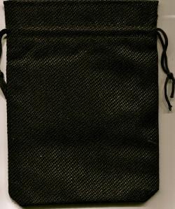 Taro melnais maisiņš