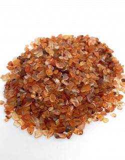 Karneols mazs akmens